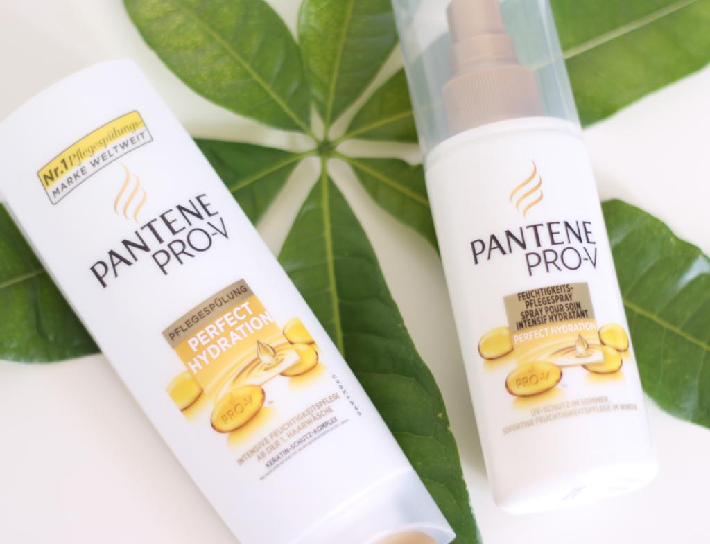 Haircare mit der Perfect Hydration Spülung und Pflegespray