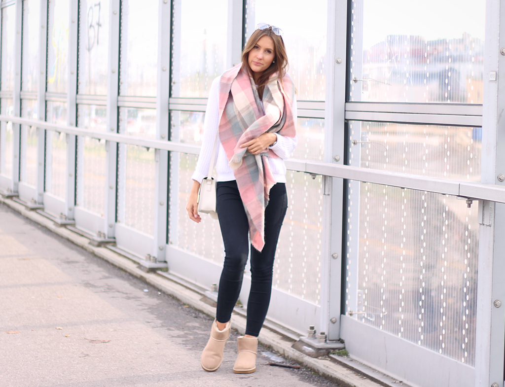 uggs-outfit-pastel