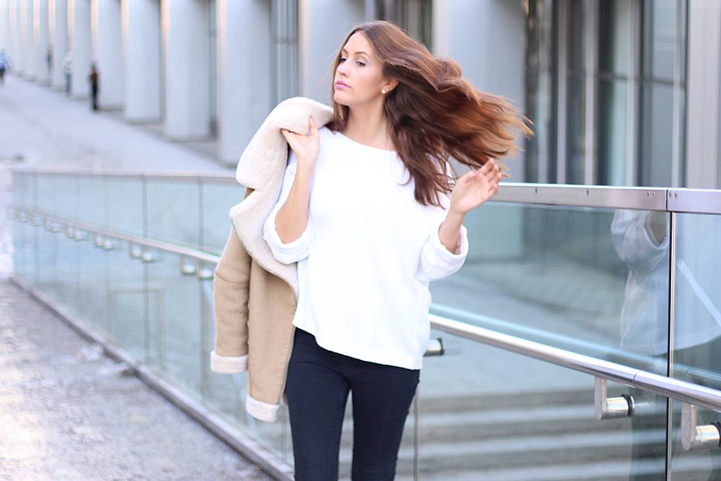 shearling-jacket-beige