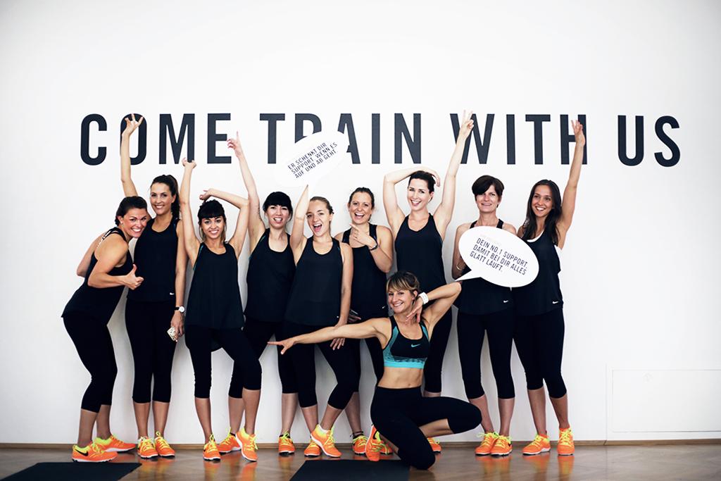 Nike Pro Bra Team