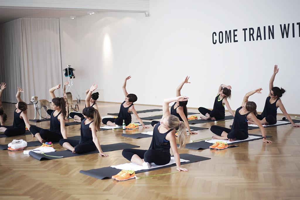nike-yoga