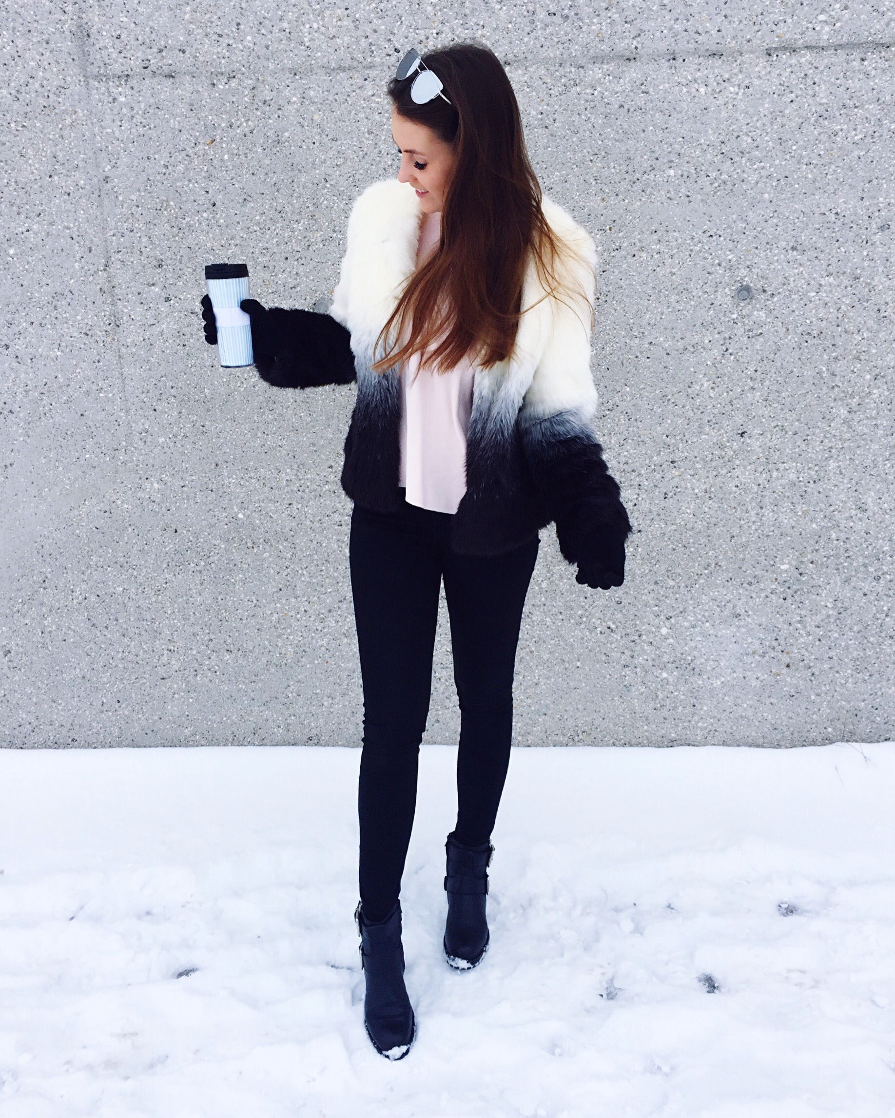 fluffy-winter-outfit