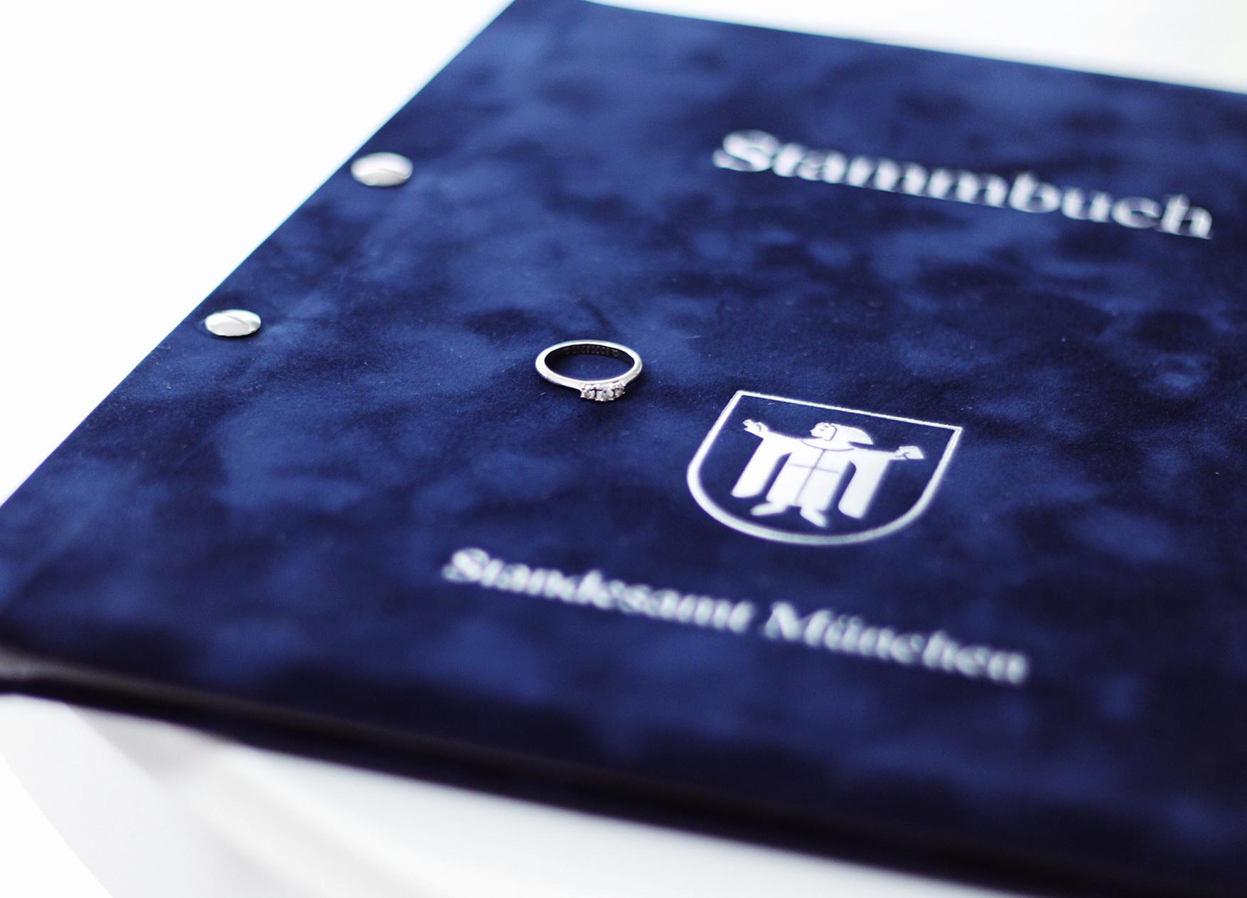 Standesamt München Verlobungsring Stammbuch