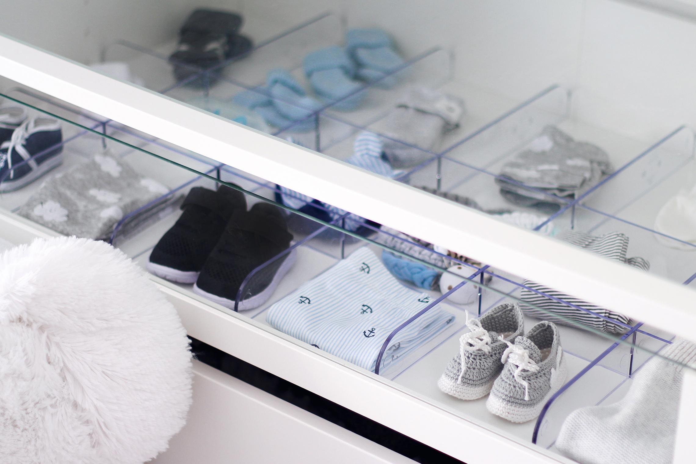 Babyzimmer Kleiderschrank Organisation