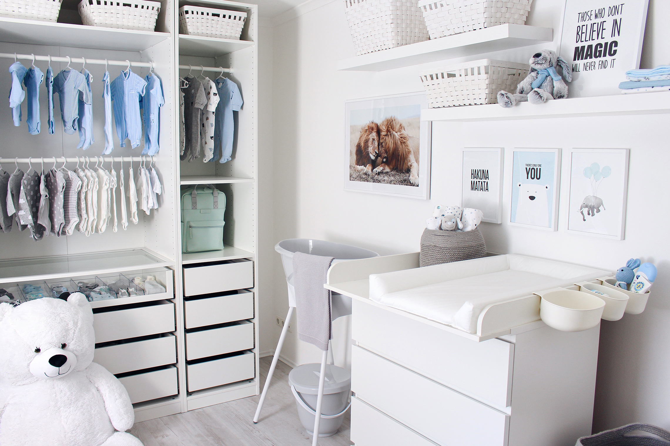 Babyzimmer Wickelecke Badewanne